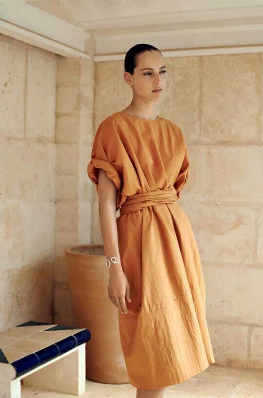platye-v-stile-minimalizma